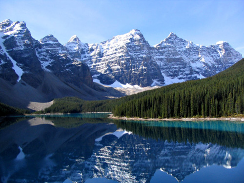 banff-moraine-lake.jpg