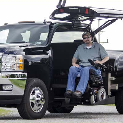 wheelchair-accessible-pick-up-truck