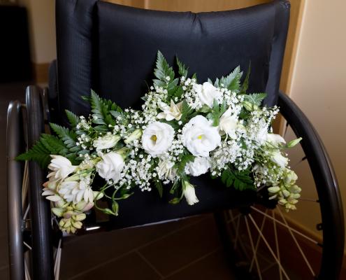iStock 457028623 wedding wheelchair