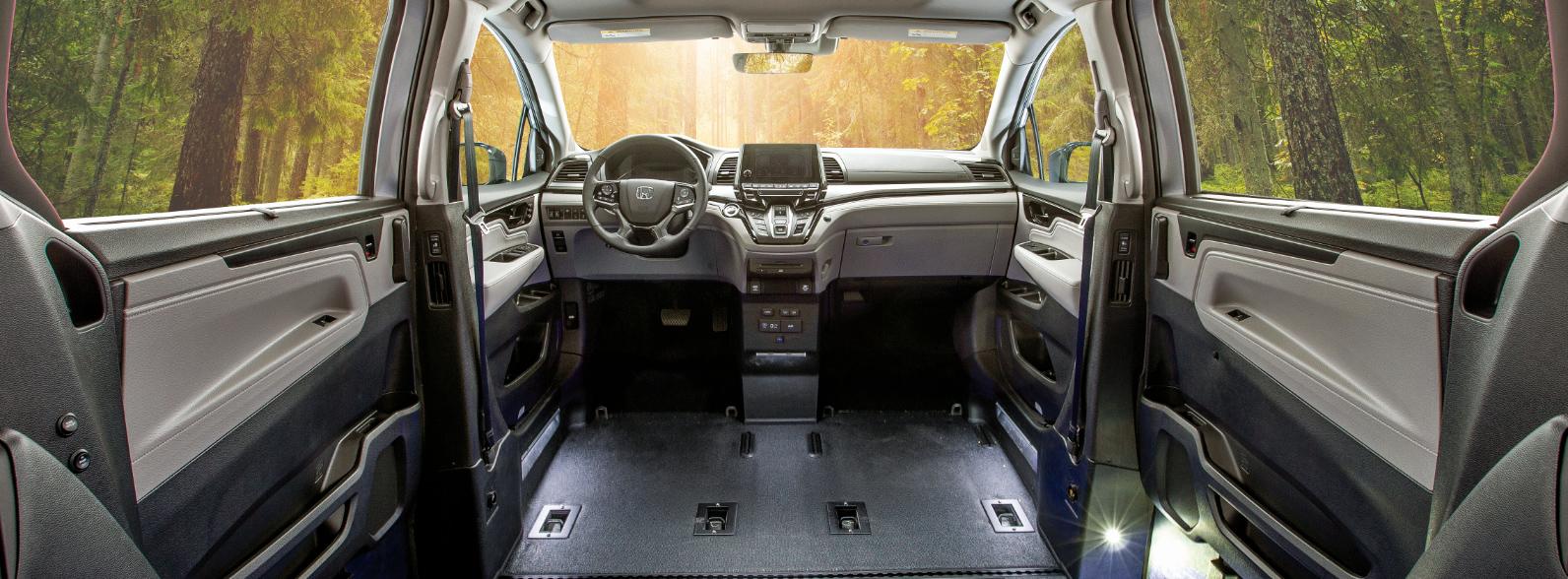 VMI Honda Odyssey Car interior